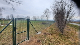 Nowe ogrodzenie boiska!-3